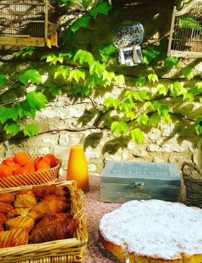 petit déjeuner mas des violettes (6)